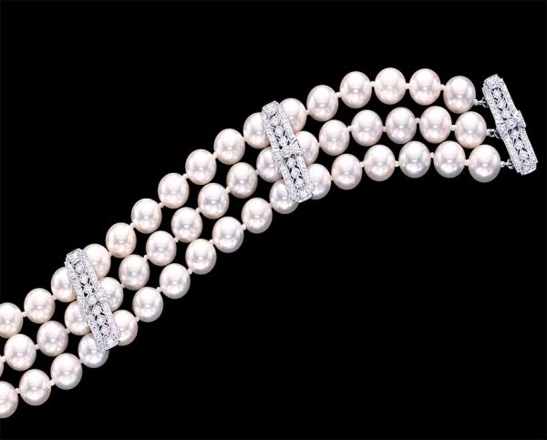 Diamond Studded Pearl Bracelet