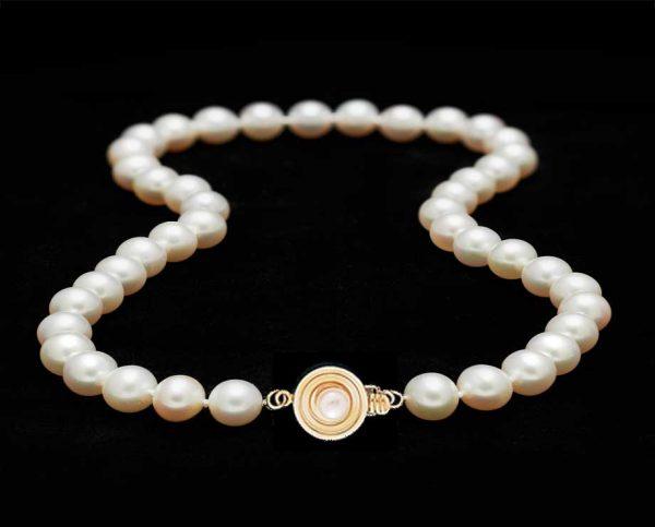Bulls Eye Pearl Necklace