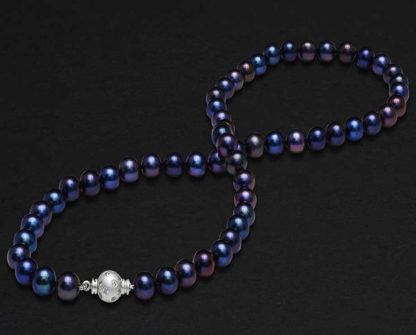 Black Freshwater Pearls with Studded Clasp