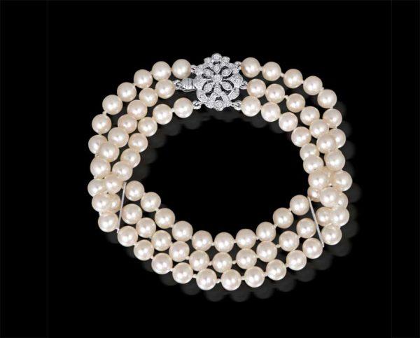 Triple Strand Flower Pearl Bracelet