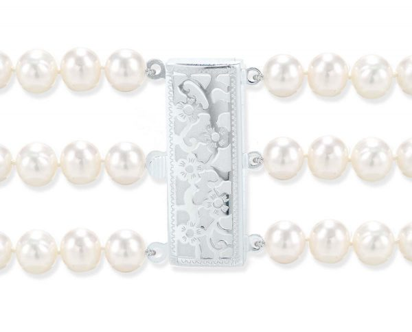 Flower Triple Strand Pearl Clasp