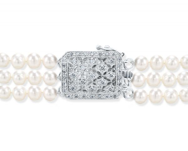 Multiple Diamonds Clasp for Pearl Necklace