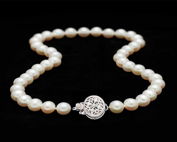 6mm Pearl Necklace with Round Filigree Clasp